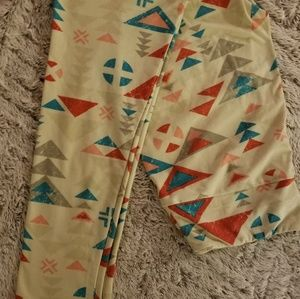 New W/O TAGS LuLaRoe LEGGINGS OS